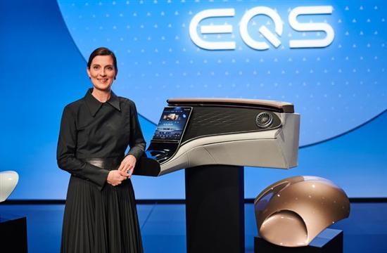 奔驰EQS内饰设计解读 一出手即成电动圈王炸